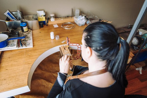 Personalised jewellery workshop Art to Charm